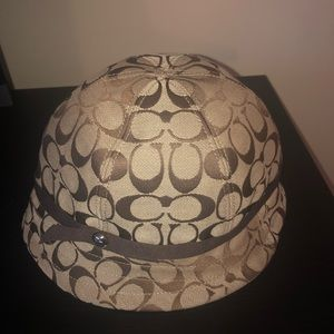 Coach Bucket Hat New with Tags